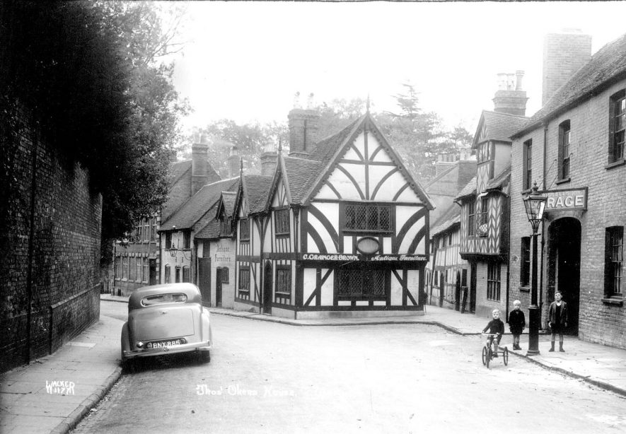Thomas Oken's House, Castle Street, Warwick, which is now a dolls museum.  1920s |  IMAGE LOCATION: (Warwickshire County Record Office)