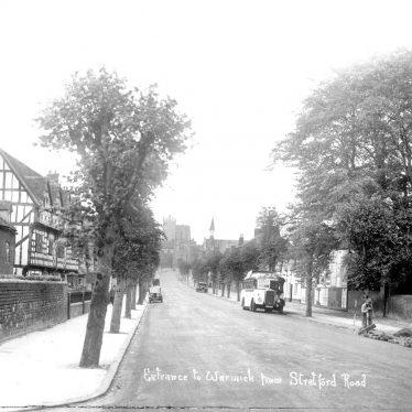 Warwick.  Stratford Road