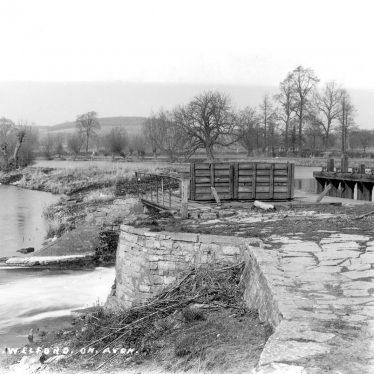 Welford on Avon.  Weir on the River Avon