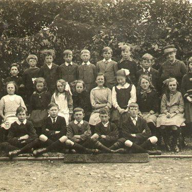 Offchurch.  School group photograph