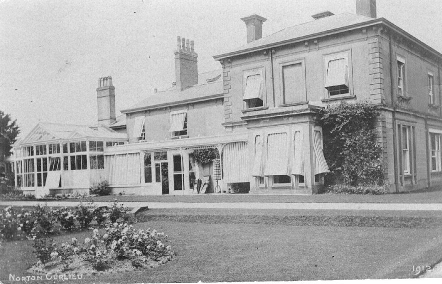 Norton Curlieu House and gardens.  1912 |  IMAGE LOCATION: (Warwickshire County Record Office)
