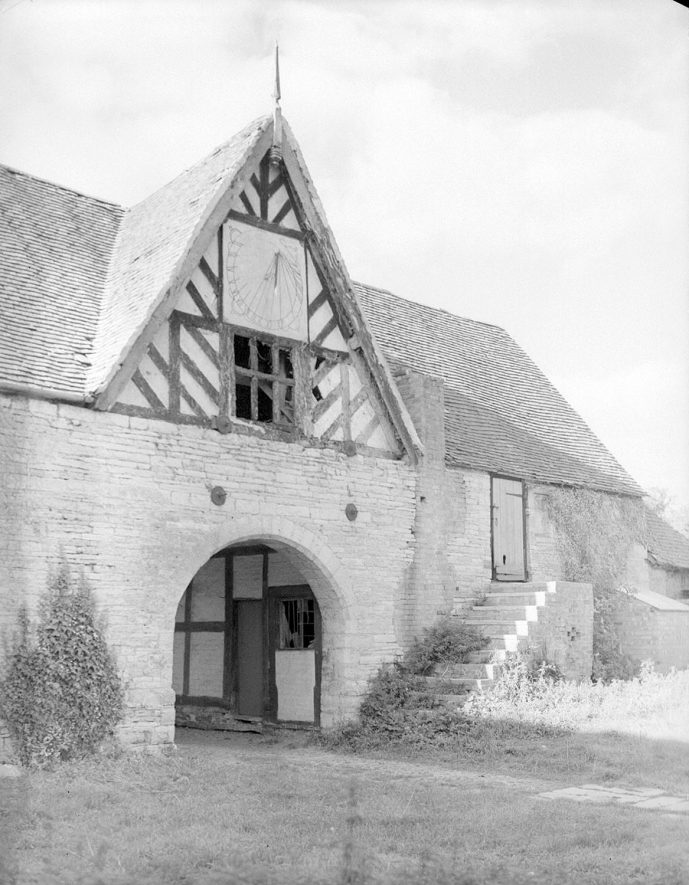 Entrance to The Priory, Salford Hall, Abbots Salford.  1956 |  IMAGE LOCATION: (Warwickshire County Record Office)