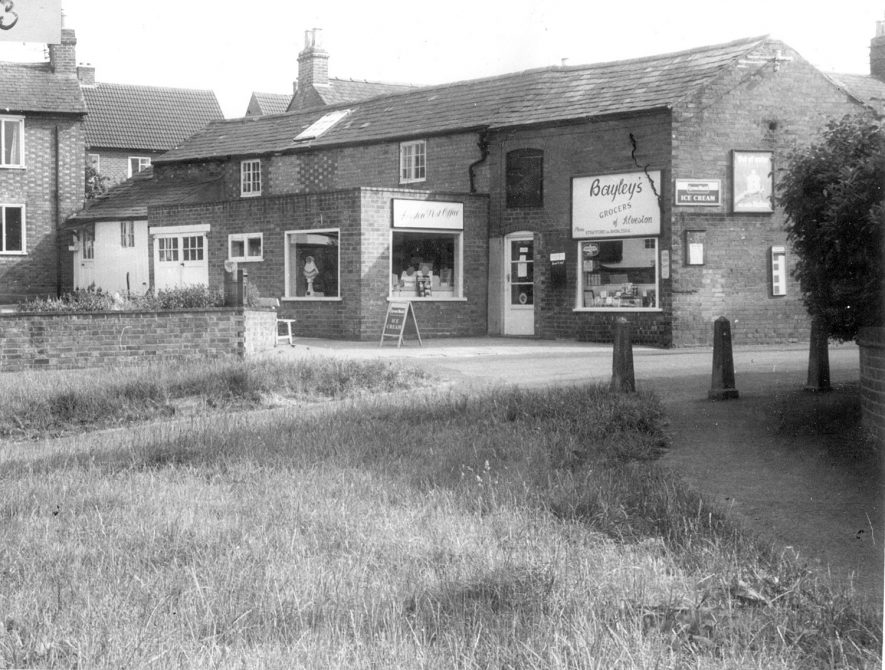 Alveston village post office and Bayley's grocers shop.  1967 |  IMAGE LOCATION: (Warwickshire County Record Office)