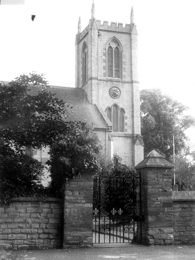 Exterior of St James the Great church, Alveston.  1967 |  IMAGE LOCATION: (Warwickshire County Record Office)