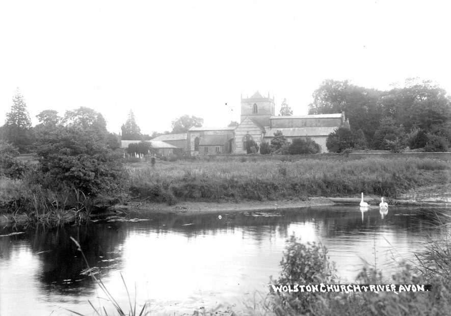 Wolston Parish Church and part of the River Avon.  1930s |  IMAGE LOCATION: (Warwickshire County Record Office)