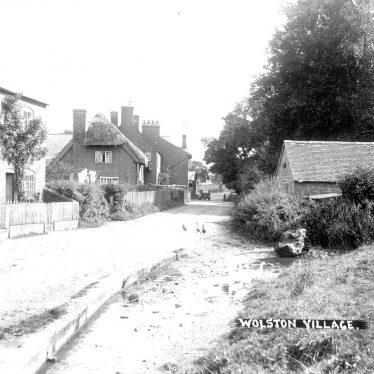 Wolston.  Brook Street