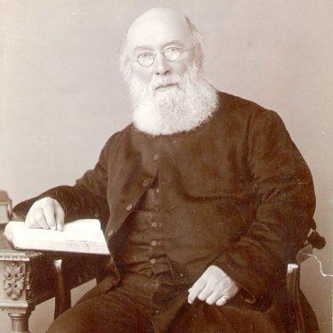 Rugby.  Rev. John Murray