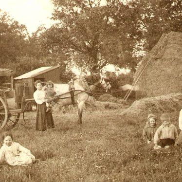 Bilton.  Farm scene