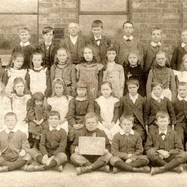 Long Lawford.  School group