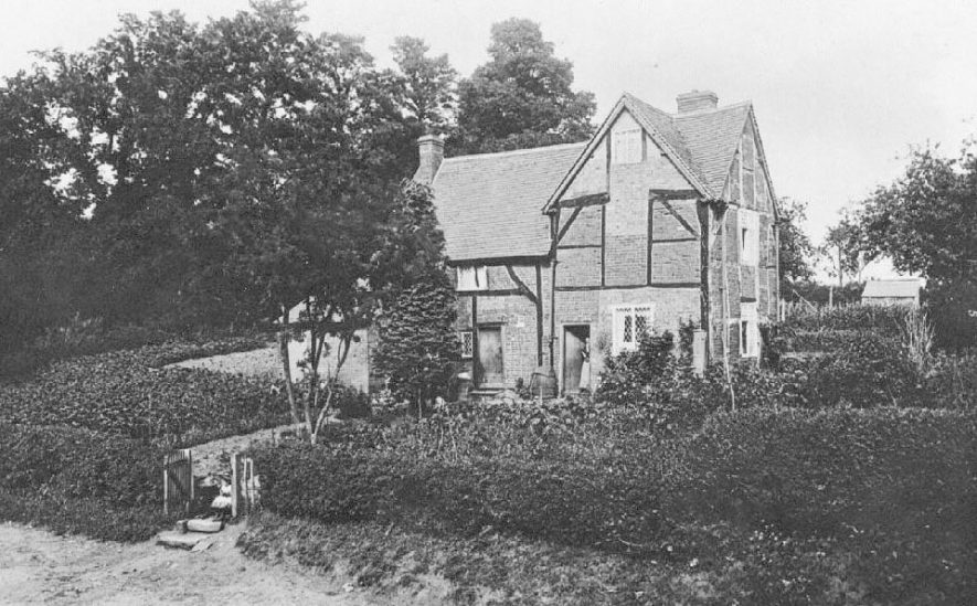 Timber framed cottage at Brownsover where Laurence Sheriff was born. 1910s[The birthplace is disputed but more likely to have been in Rugby] |  IMAGE LOCATION: (Warwickshire County Record Office)