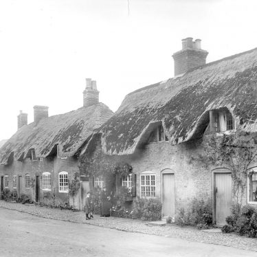 Dunchurch.  Cottages