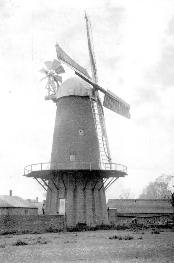Thurlaston windmill.  1902