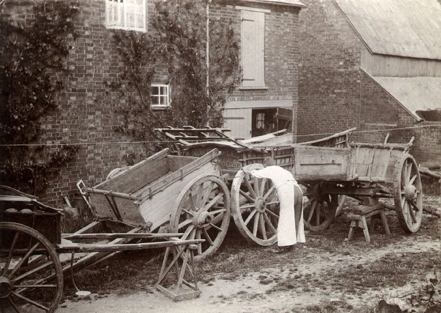 Carts outside the farm of Albert Hall who farmed at Willoughby in the 1910s and 20s. |  IMAGE LOCATION: (Rugby Library)