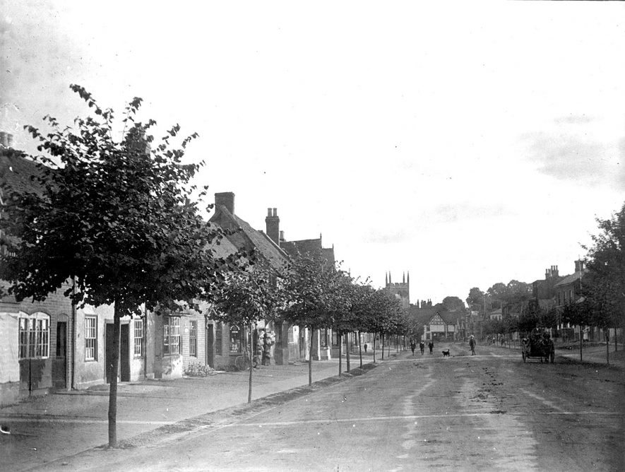 A view of High Street, Henley in Arden.  1890s |  IMAGE LOCATION: (Warwickshire Museums. Photographic Collections.)