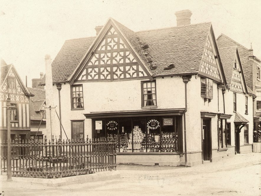Market Cross and corner shop, High Street, Henley in Arden.  1890s [It has been suggested that this photograph is dated post 1894.] |  IMAGE LOCATION: (Warwickshire Museums. Photographic Collections.)