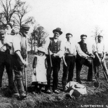 Lighthorne.  Gardeners on the allotments
