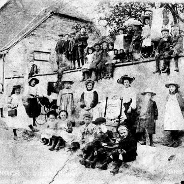Kineton.  Group of women and children