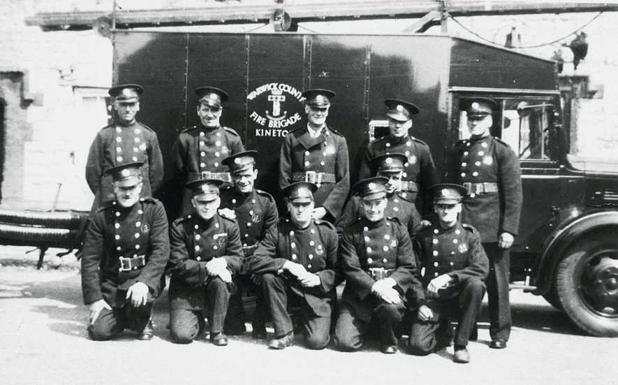 Members of the Kineton Fire Service.  1942 |  IMAGE LOCATION: (Warwickshire Museums. Photographic Collections.)