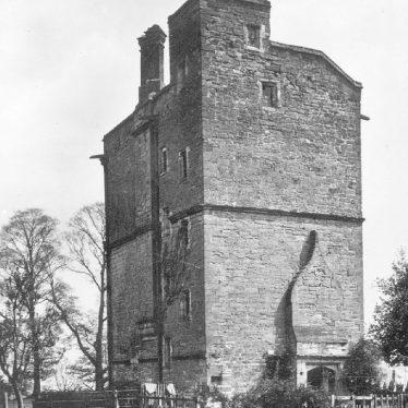 Claverdon.  Old Stone Building