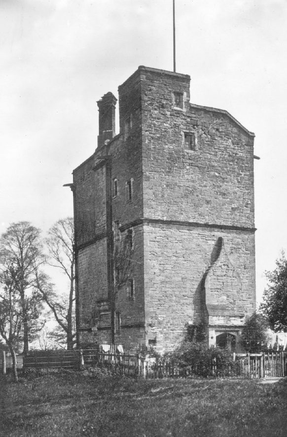 The Old Stone Building, Claverdon. Its original function is not known.  1920s |  IMAGE LOCATION: (Warwickshire County Record Office)