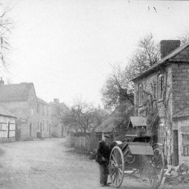 Ardens Grafton.  Village street