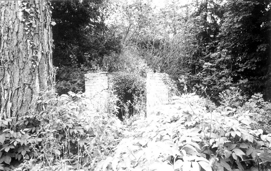 Remains of ice house in grounds of park, Compton Verney.  1950s |  IMAGE LOCATION: (Warwickshire Museums. Photographic Collections.)