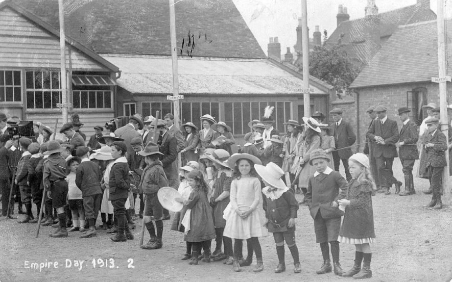 Empire Day celebrations in Stratford Upon Avon.  1913 |  IMAGE LOCATION: (Warwickshire Museums. Photographic Collections.)