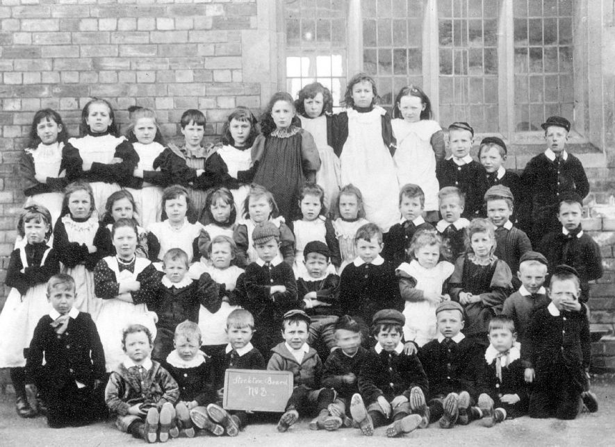 Stockton school pupils.  1899 |  IMAGE LOCATION: (Warwickshire Museums. Photographic Collections.)