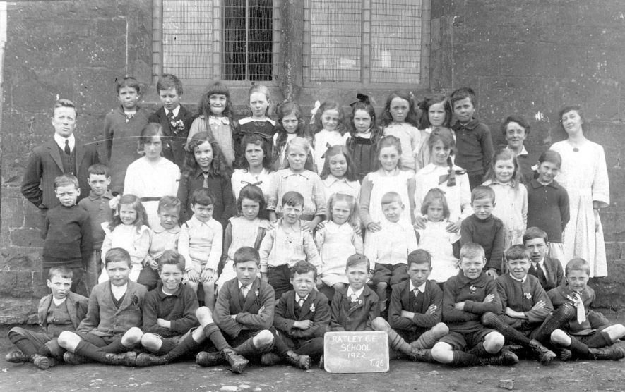Ratley Church of England school pupils.  1922 |  IMAGE LOCATION: (Warwickshire Museums. Photographic Collections.)