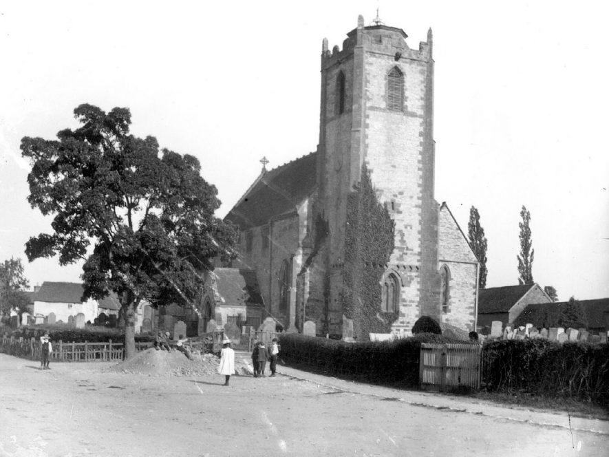 Exterior of Holy Trinity church, Long Itchington.  1900s |  IMAGE LOCATION: (Warwickshire Museums. Photographic Collections.)