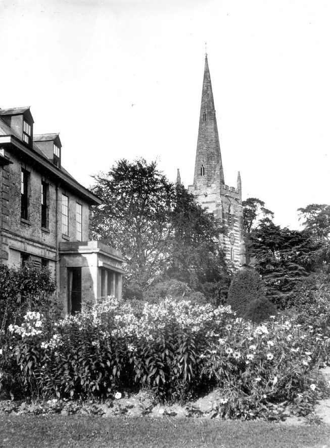 All Saint's church and house, Ladbroke.  1910s |  IMAGE LOCATION: (Warwickshire Museums. Photographic Collections.)