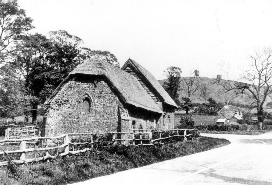 North End (Burton Dassett) old priest's house and chapel.  1938