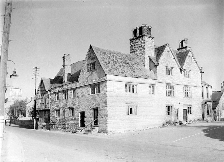 Exterior view of The Falcon Inn, Bidford on Avon.  February 20th 1939 |  IMAGE LOCATION: (Warwickshire County Record Office)