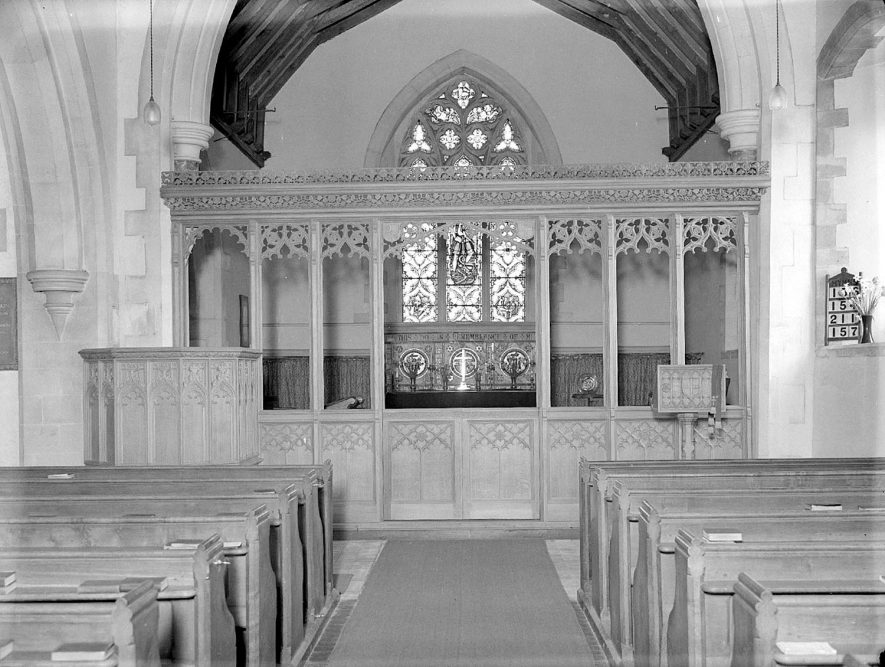 Memorial screen to Mrs Lakin in St Michael's church, Bishops Itchington.  May 14th 1940 |  IMAGE LOCATION: (Warwickshire County Record Office)