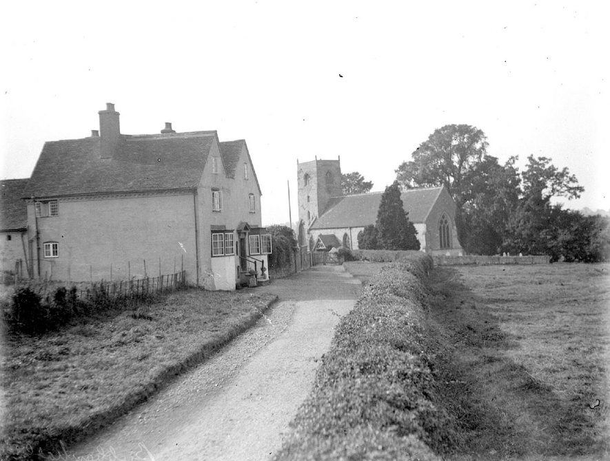 St Giles church and cottages, Bubbenhall.  1926 |  IMAGE LOCATION: (Warwickshire County Record Office)