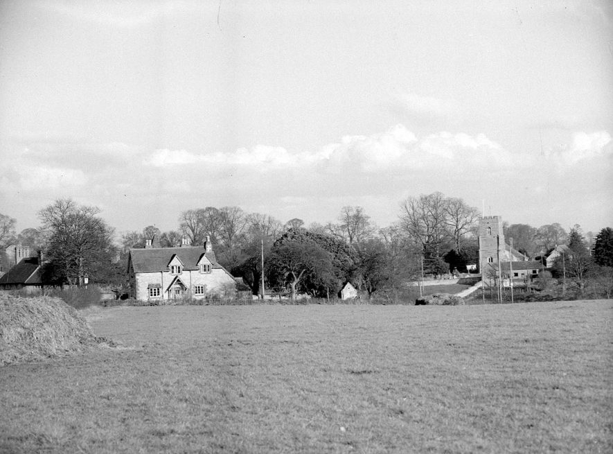 St Peter & Paul church and cottage, Butlers Marston. It has suggested the 'cottage' is in fact the Old School House and School. This has been recently renovated and converted into one property.February 16th 1957 |  IMAGE LOCATION: (Warwickshire County Record Office)