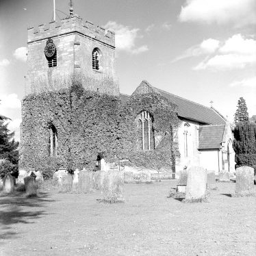 Barford.  St Peter's church and churchyard