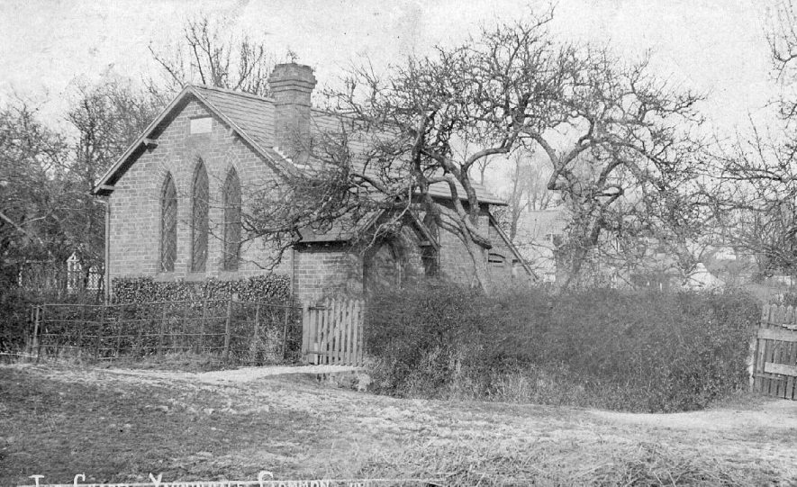 The Baptist Chapel, Yarningale Common, Claverdon.  1910s |  IMAGE LOCATION: (Warwickshire County Record Office)
