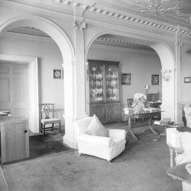 Barford.  Sitting room at Barford Hill House