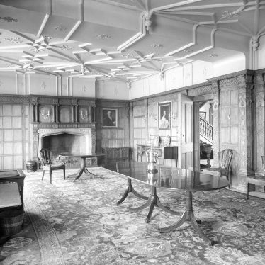 Barford.  Dining room at Barford Hill House