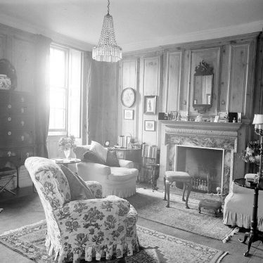 Butlers Marston.  Manor House interior