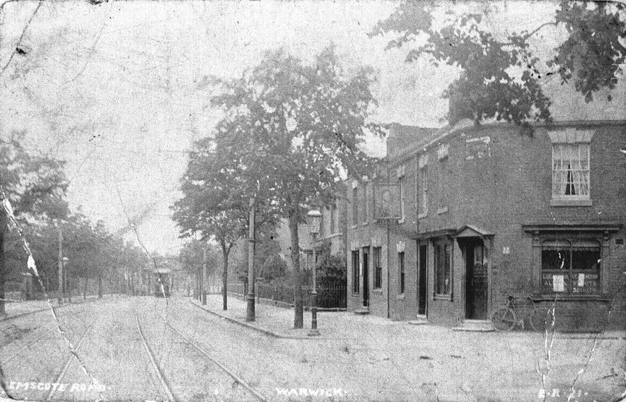 View looking along Emscote Road, Warwick.  1907 |  IMAGE LOCATION: (Warwickshire County Record Office)