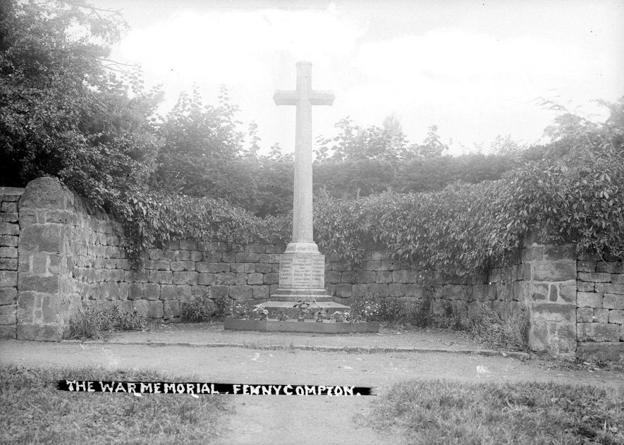 Fenny Compton war memorial.  1930s |  IMAGE LOCATION: (Warwickshire County Record Office)