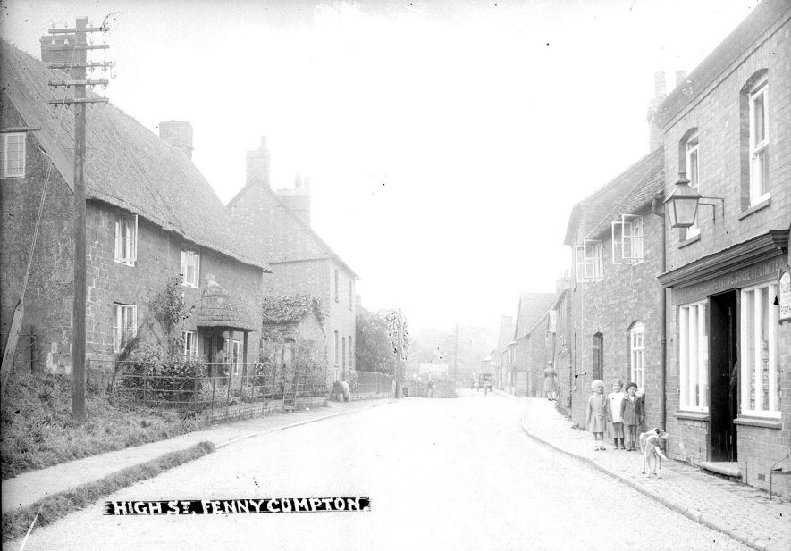 Fenny Compton houses in High Street.  1930s |  IMAGE LOCATION: (Warwickshire County Record Office)