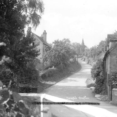 Temple Grafton.  Village lane