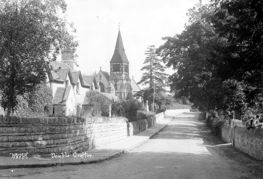 Temple Grafton village scene showing St Andrew's church.  1930s |  IMAGE LOCATION: (Warwickshire County Record Office)