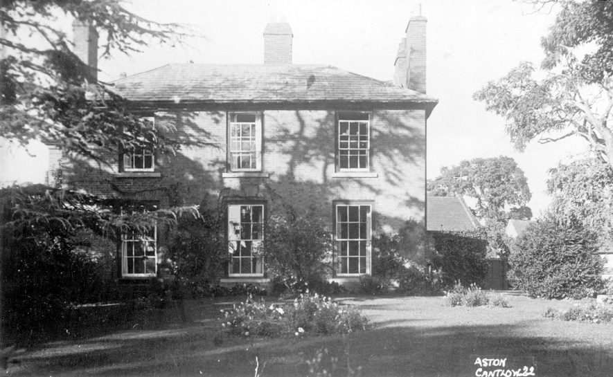 Large country house in Aston Cantlow.  1930s |  IMAGE LOCATION: (Warwickshire County Record Office)