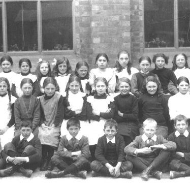 Barford.  School Pupils