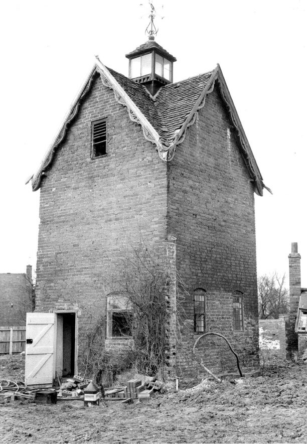 The Dovecote at Barford.  1968 |  IMAGE LOCATION: (Warwickshire County Record Office)