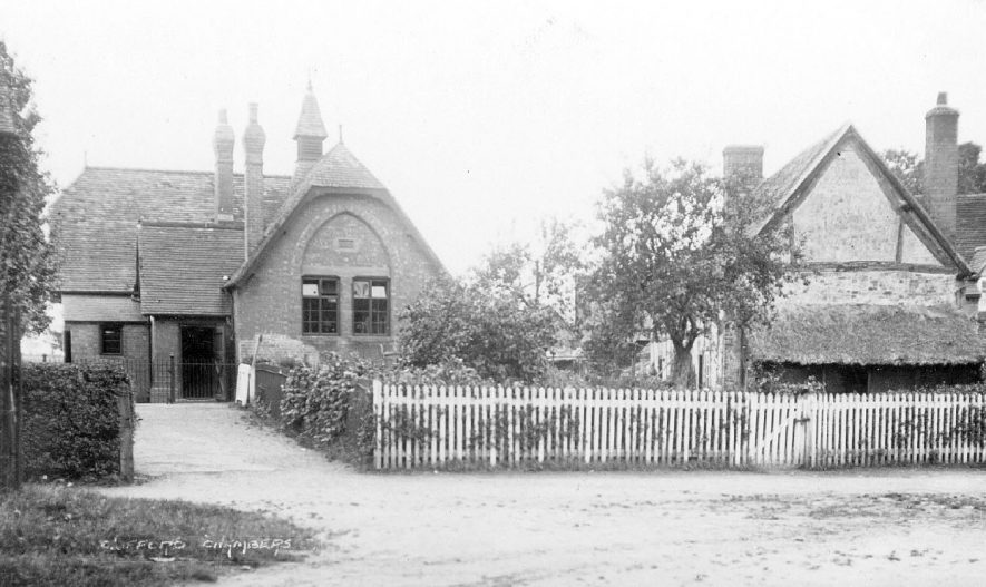 Cottage and school or church hall in Clifford Chambers.  1928 |  IMAGE LOCATION: (Warwickshire County Record Office)
